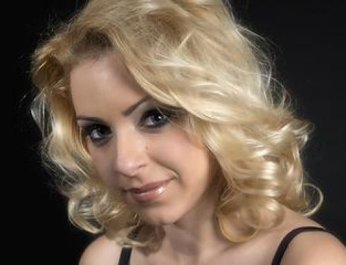 """Doina Ionescu – owner Şcoala de Teatru Q-Feel: """"Cu ajutorul cursului de actorie sau de improvizaţie oamenii reuşesc să se exprime liber, să descopere alte hobby-uri"""""""