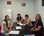 Curs de limba engleza in sala Londra la Centrul de Limbi Straine A_BEST