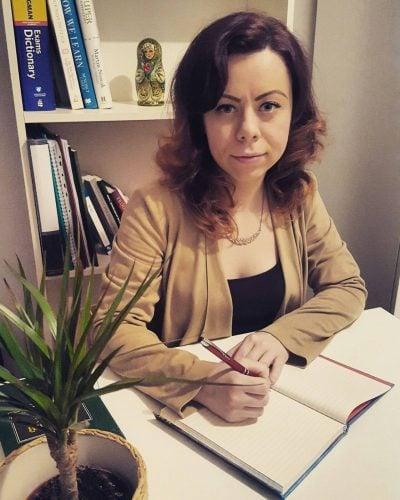 """Cristina Vasiliu, trainer A_BEST de engleză şi rusă: """"Meseria de trainer este una care îţi permite să te dezvolți permanent, personal şi profesional"""""""